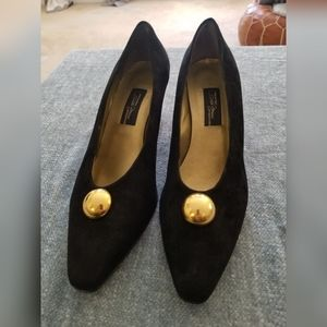 Sesto Meucci Black Suede Pumps 12 Narrow.